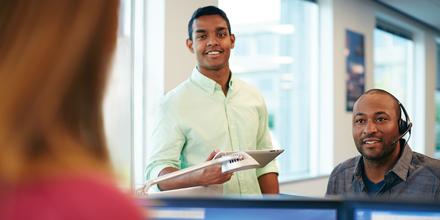 Discover customer service representatives