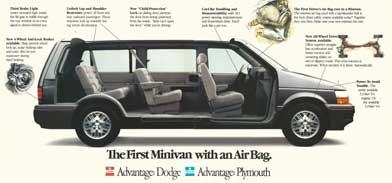 Anúncio impresso da primeira minivan com airbag