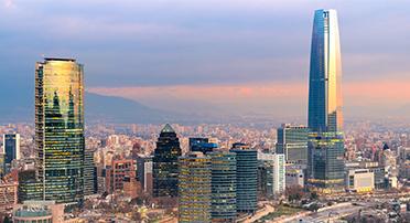 칠레의 그란 토레 산티아고 마천루 스카이라인 풍경