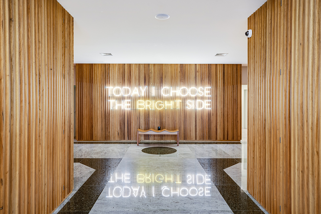 Neon sign that says today I choose the bright side
