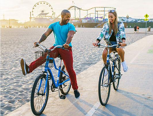 Couple bike-riding in Santa Monica