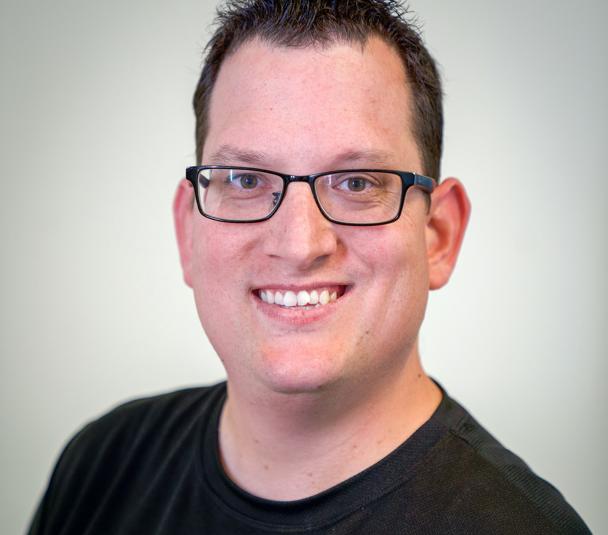 Headshot of Humana employee, Peter