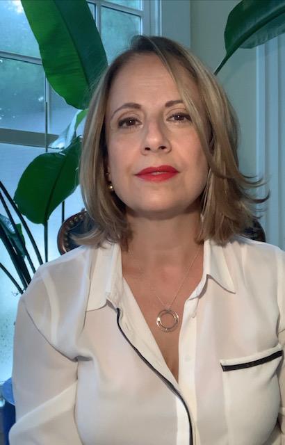 Isabel E. headshot