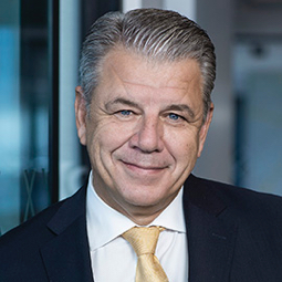 CEO Hikmet Ersek