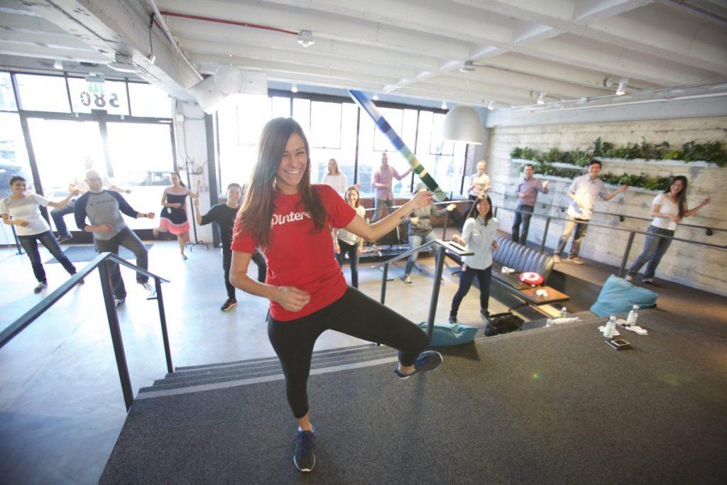 Kacy Ashley teaching a dance class in 2015