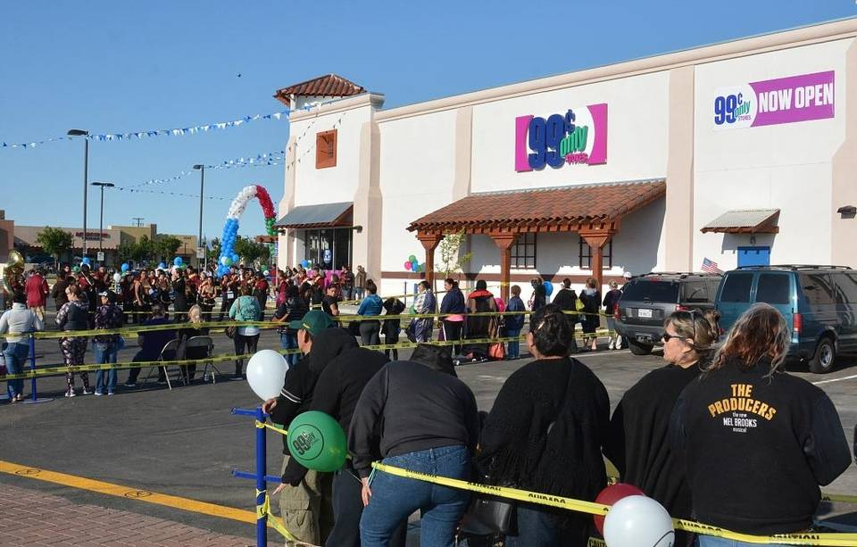 Los Banos Celebrates 99 Cents Only Grand Opening