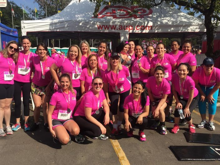 Participants of ADP Brazil McDonald's Run Against Breast Cancer