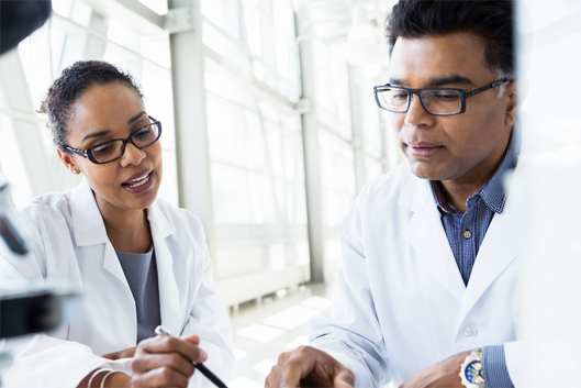 2scientists_white coats