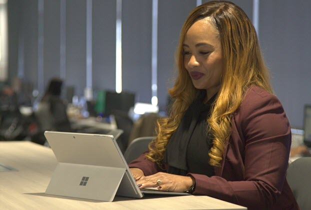 Geraldine Minor, an Auto Club insurance business development manager, began taking business administration courses online through Brandman earlier in 2019 because of the flexibility in scheduling classes and completing coursework at her own pace. (Photo credit: Auto Club)