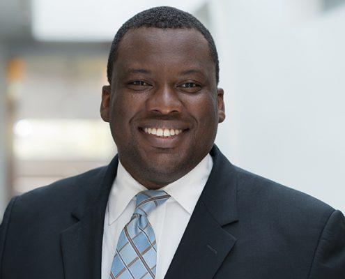 Portrait of Vanguard Financial Advisor Manager, Deji