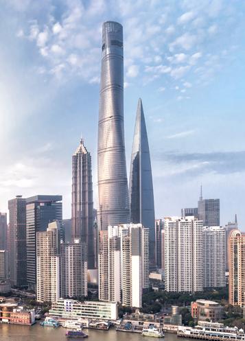 川沿いの近代都市の摩天楼