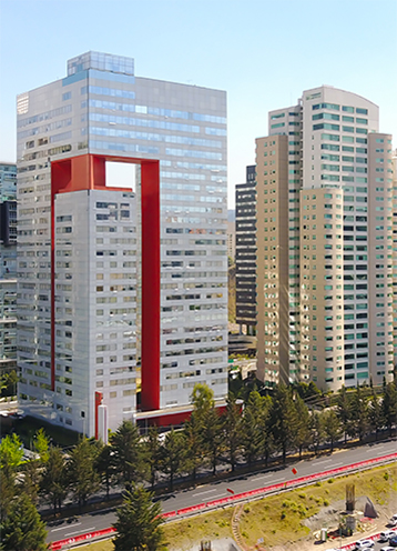 メキシコ サンタフェの近代的な高いビル