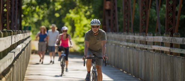 Cyclists and walkers on Katy Trail